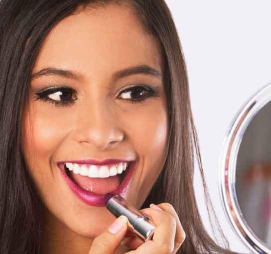 Cómo blanquear los dientes con bicarbonato