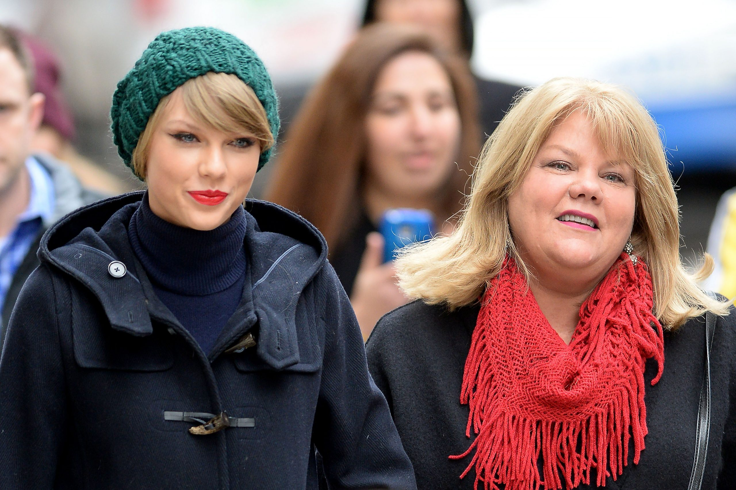 Taylor Swift Madre Andrea Cáncer