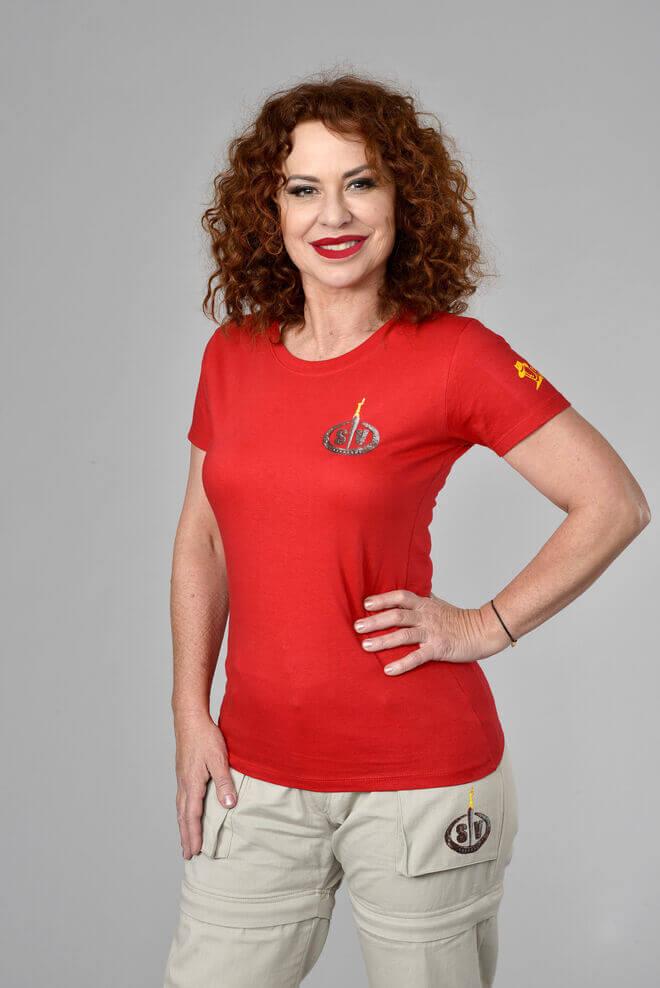 6. Vicky Larraz