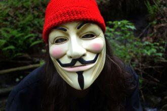 Anonymous filtra informacion del vaticano-sucu